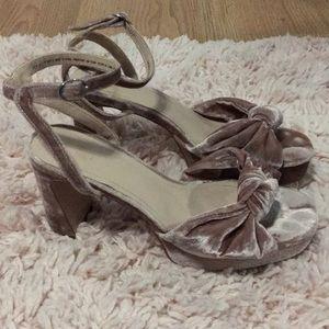 H&M Mauve Velvet Knot Front Platform Sandals